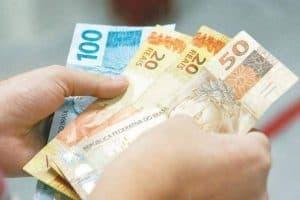 aumenta salário mínimo para R$1.100