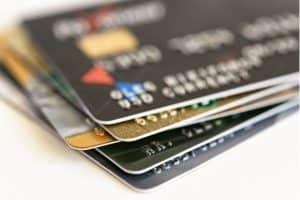 cartão consignado e cartão pré-pago