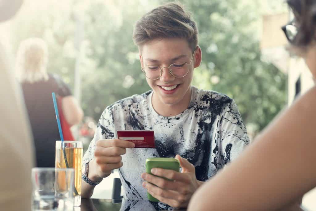 cartao-credito-mesada-pre-pago